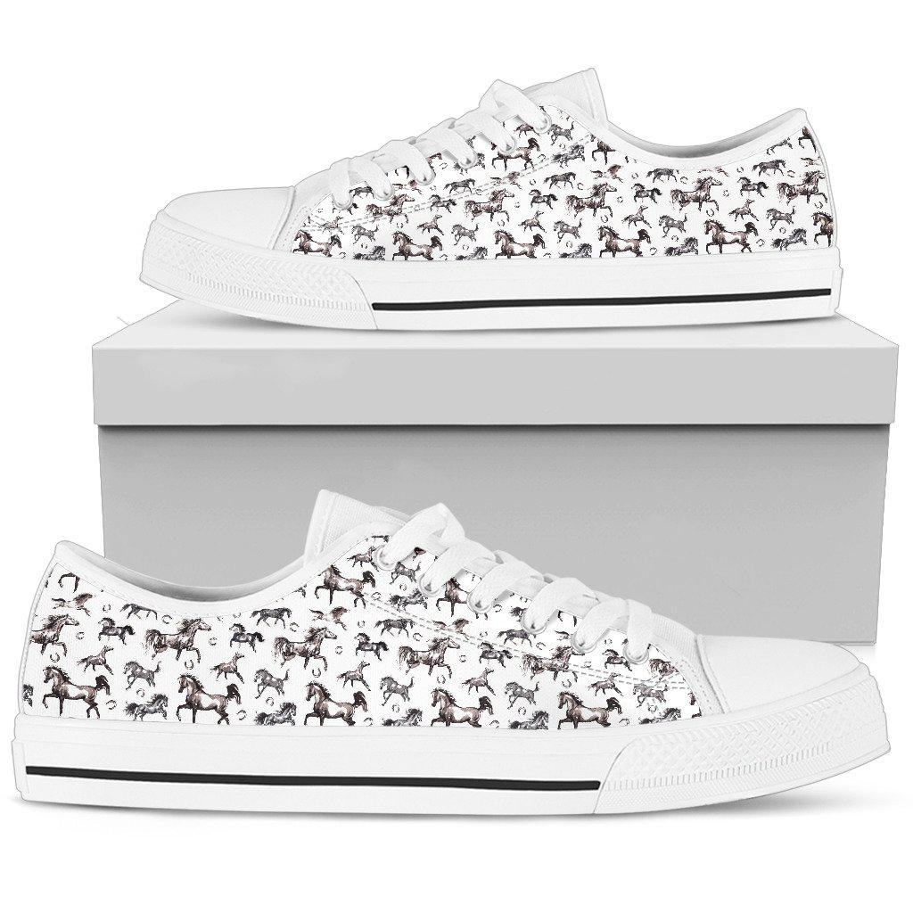 Shopeholic:Horse Women's Low Top Shoe