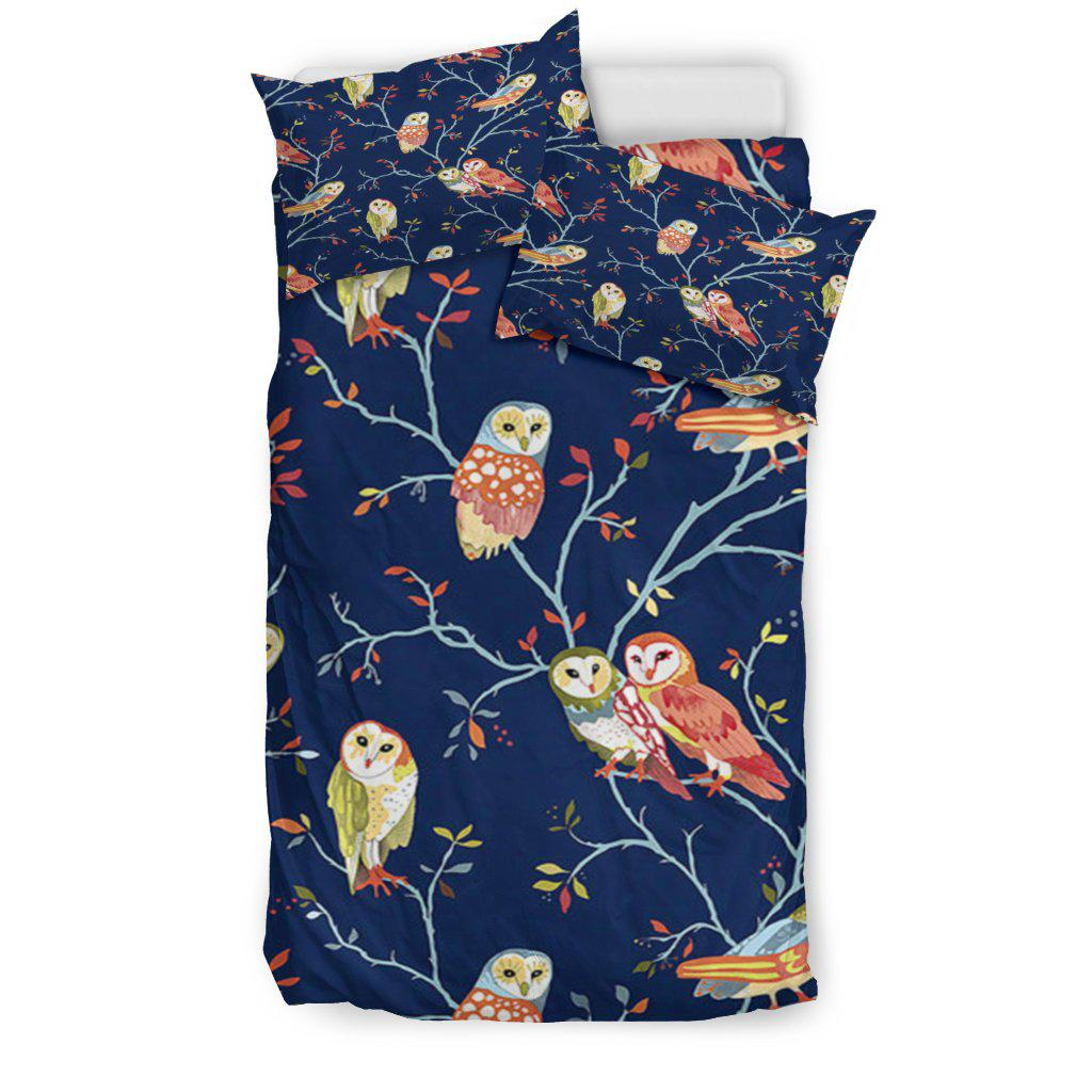 Shopeholic:Night Owls Bedding Set