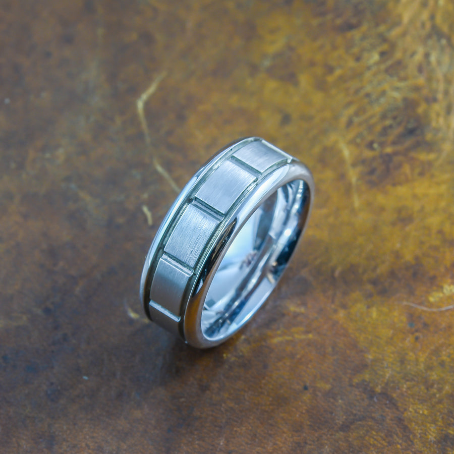 Men's Ring in 18ct white gold