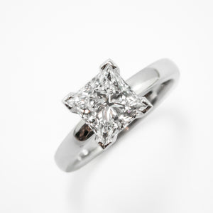 Engagement Ring in Platinum