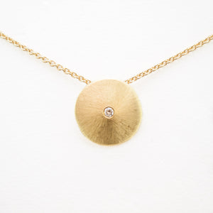 Disc Necklace in Yellow Gold With One Diamond