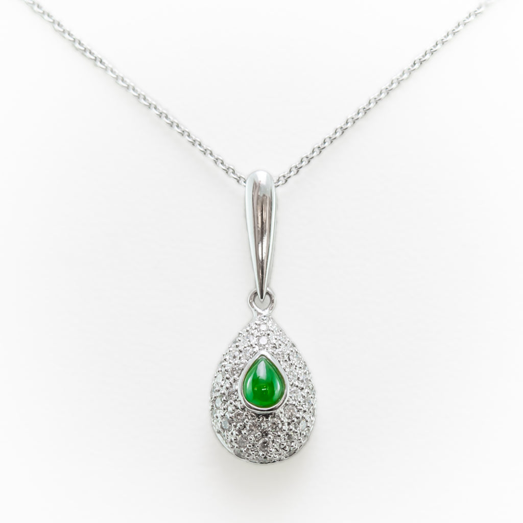 edizione emerald en necklace color ultima white and