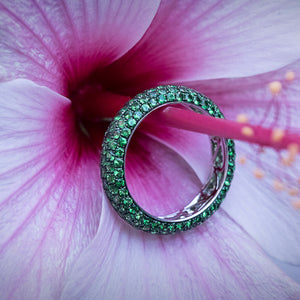Tsavorite Garnet Band in 18ct White Gold