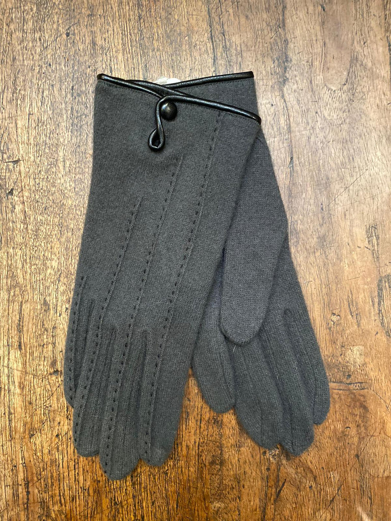 Crochetta Collections Grey Wool Gloves