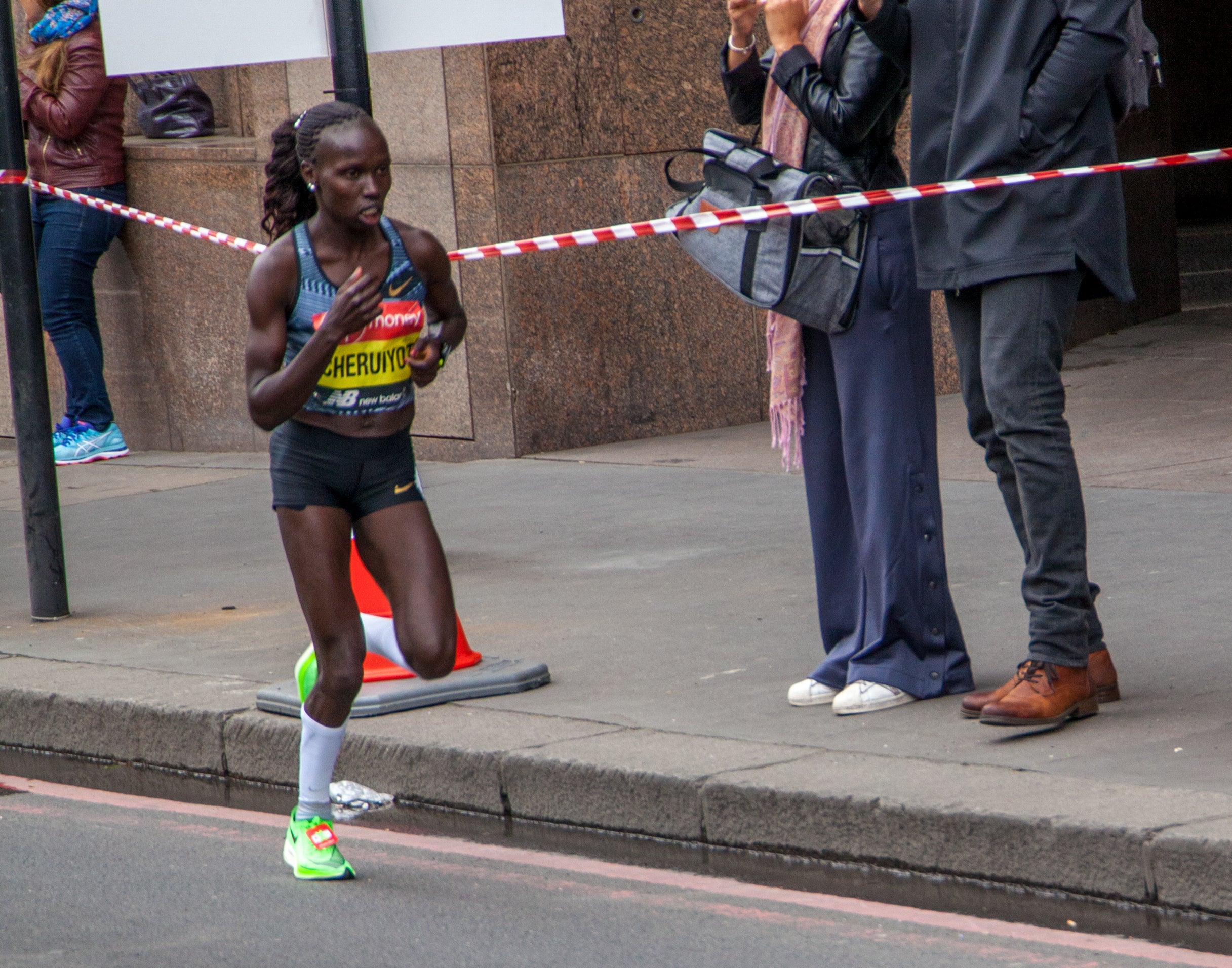 Vivian Cheriyot at the 2019 London Marathon