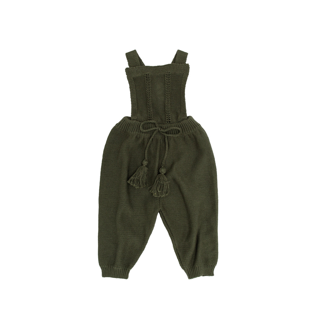 How to master knitting overalls for a newborn 1