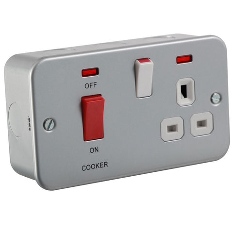 45A 2G DP Cooker Switch and 13A Switched Socket with Neons