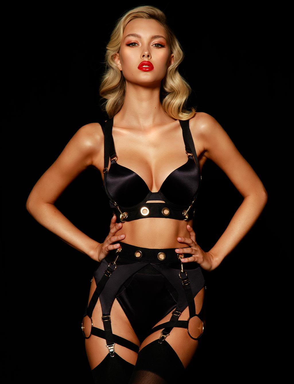 Ava Black Push Up Bra Lingerie Set
