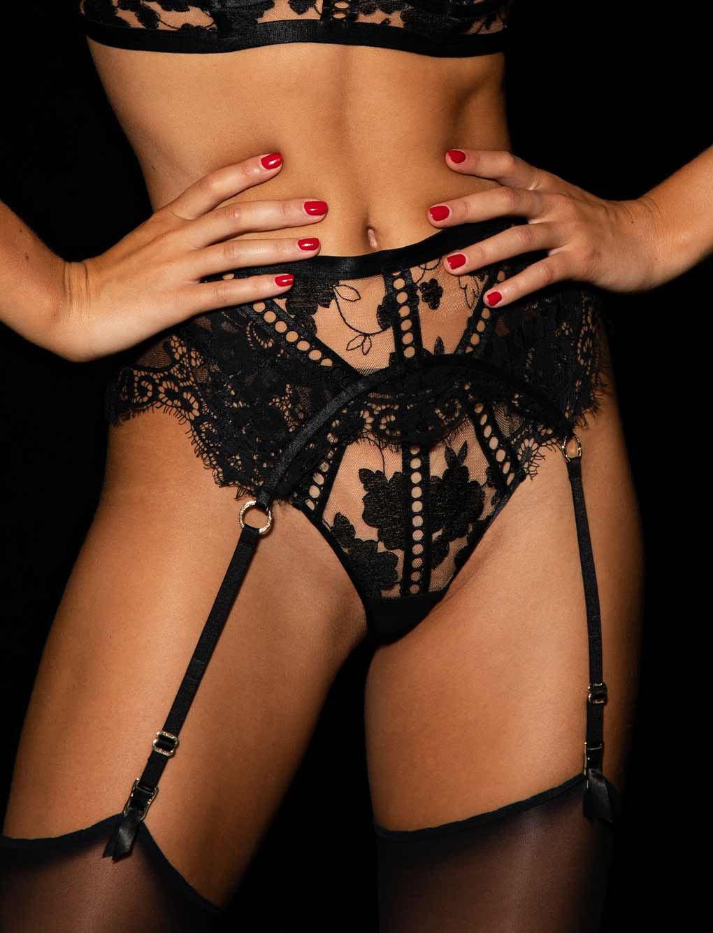 Molly Black Garter Belt