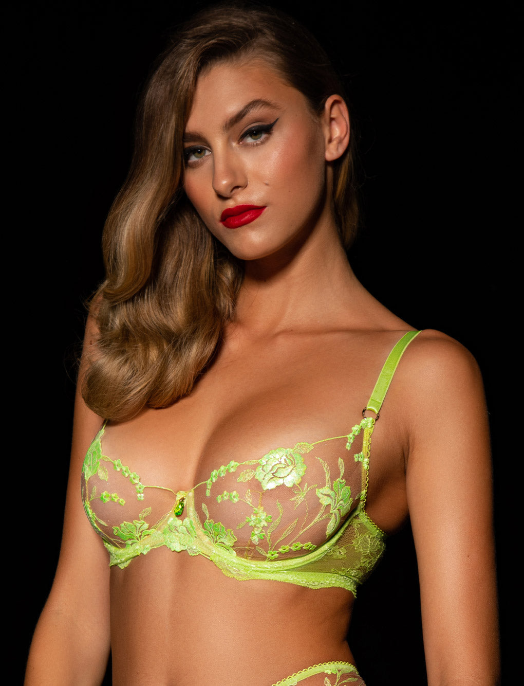 Whitney Apple Bra & Bottoms Set