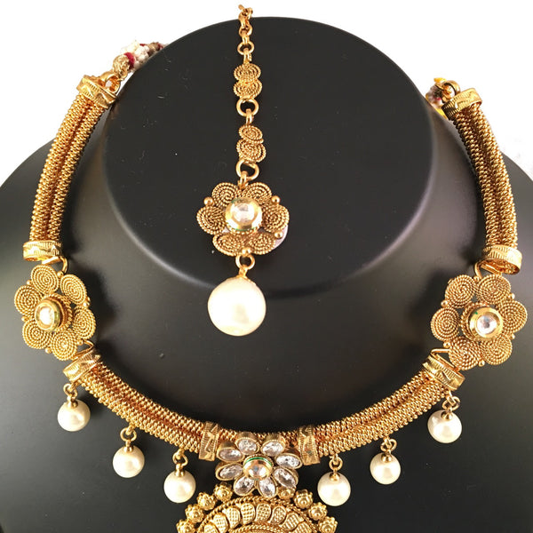 Gold & Pearl Necklace Set