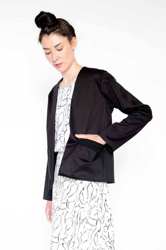 Black ladies jacket with pockets A.Oei