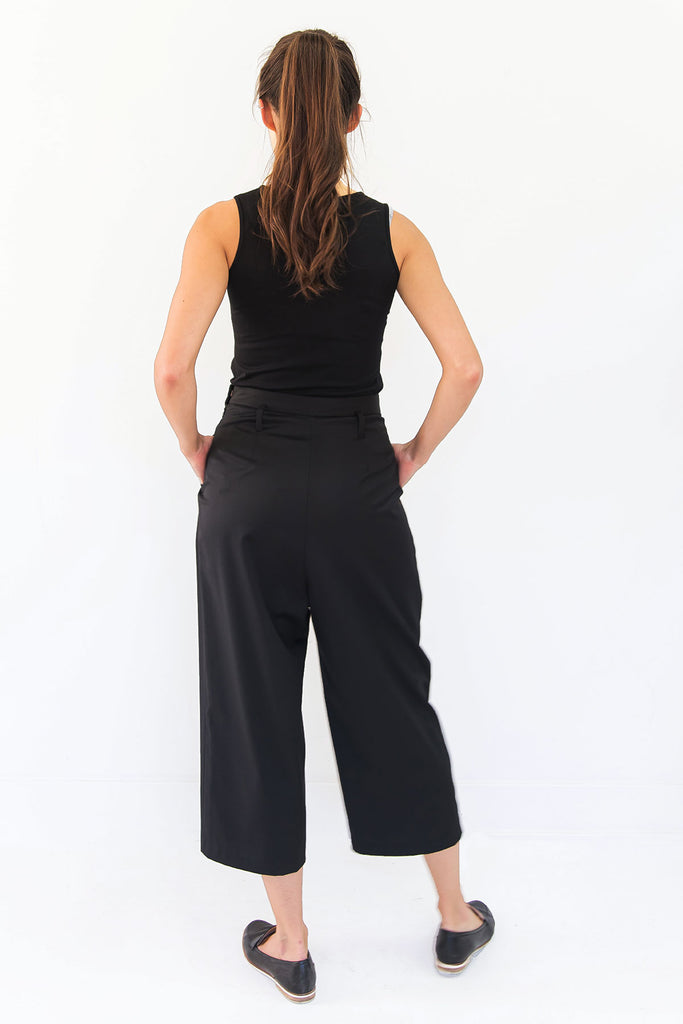 black wool culottes with pockets
