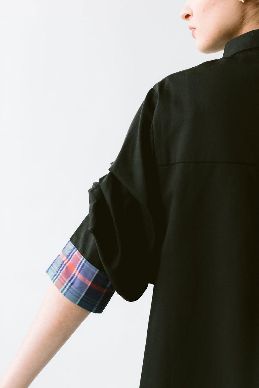 Button up shirt with pleated sleeves