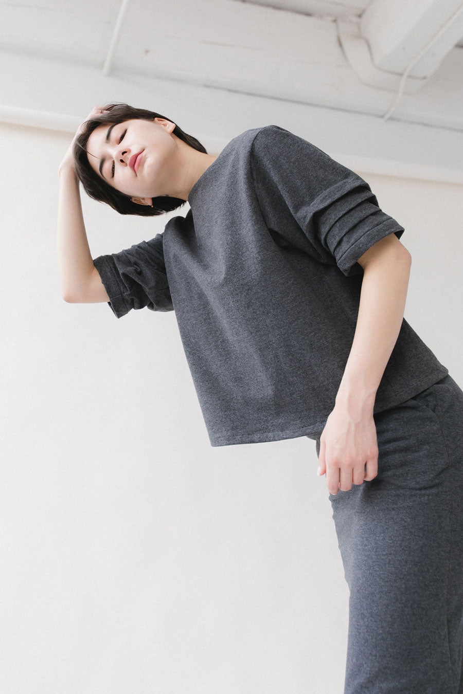 gray pleated sleeve shirt