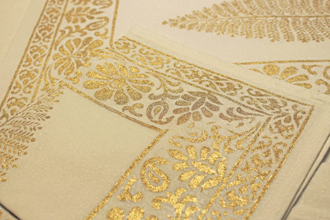 Christmas Table Linen Set including Table Cloth, Set of 6 Napkins, Set of 6 Table Mats, 100% Cotton, Handprinted Gold