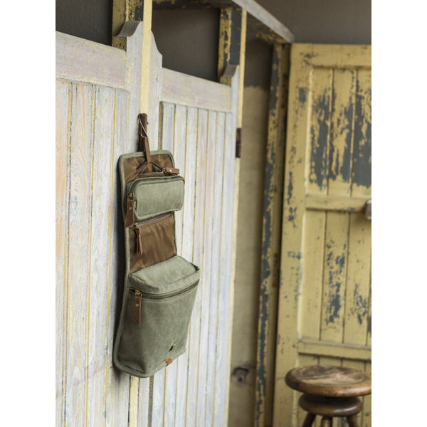 Hanging Wash Bag Trapper Waxed Canvas Green