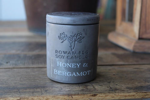 Honey & bergamot candle