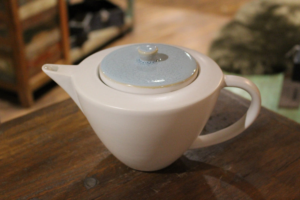 Stylish Retro Glazed Teapot - HomeStreetHome.ie