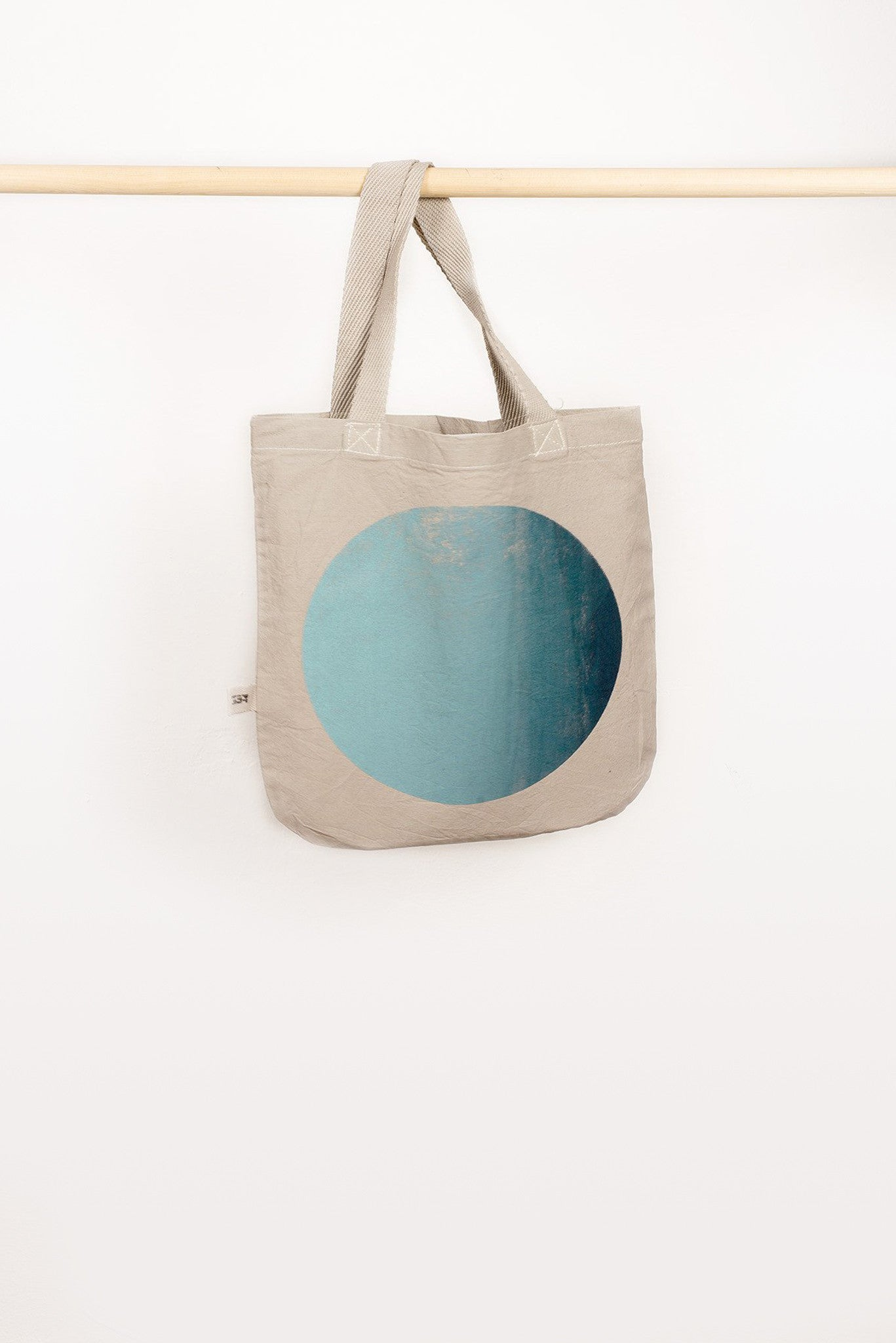 GRADIENT CIRCLE SHOPPER BAG