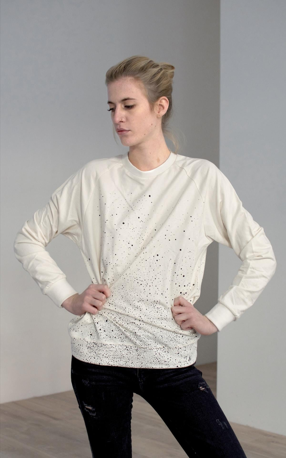 BLACK DOTTED NATURAL LONG SLEEVED T-SHIRT