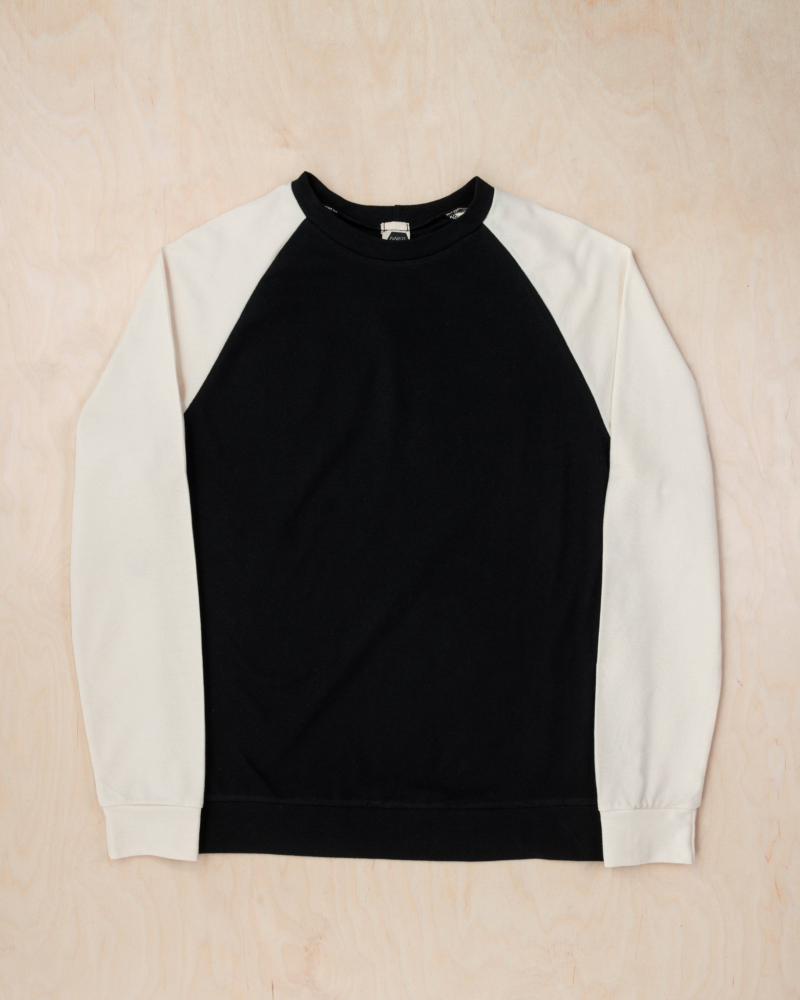 BLACK-BEIGE LONG-SLEEVED SHIRT