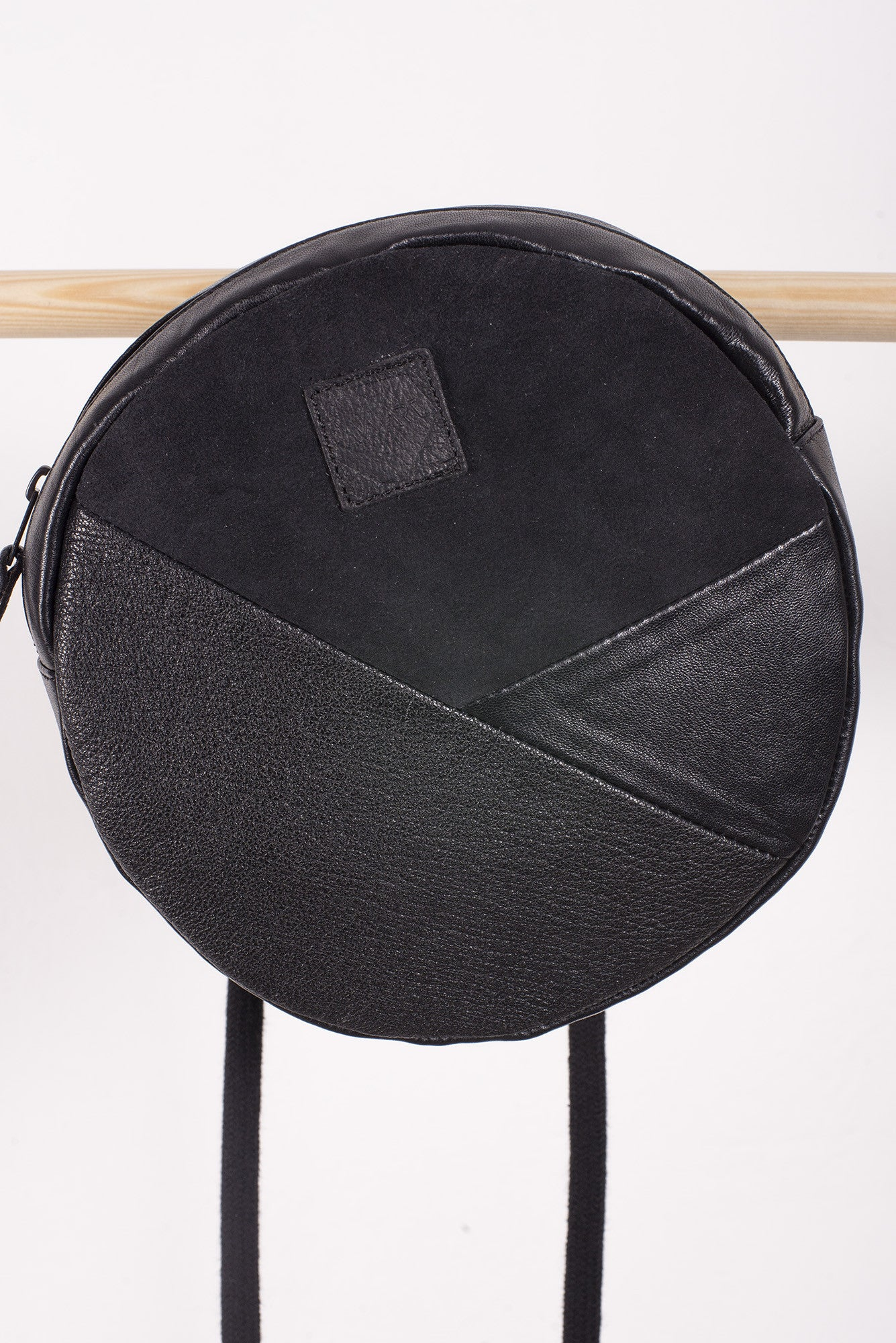 O-SHAPE PATCHWORK BLACK LEATHER HIP BAG