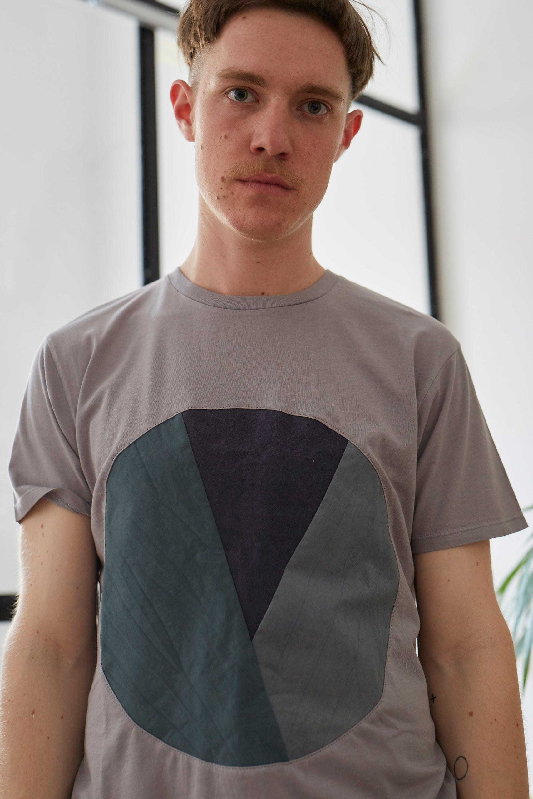 Gray Circle Inlay T-shirt