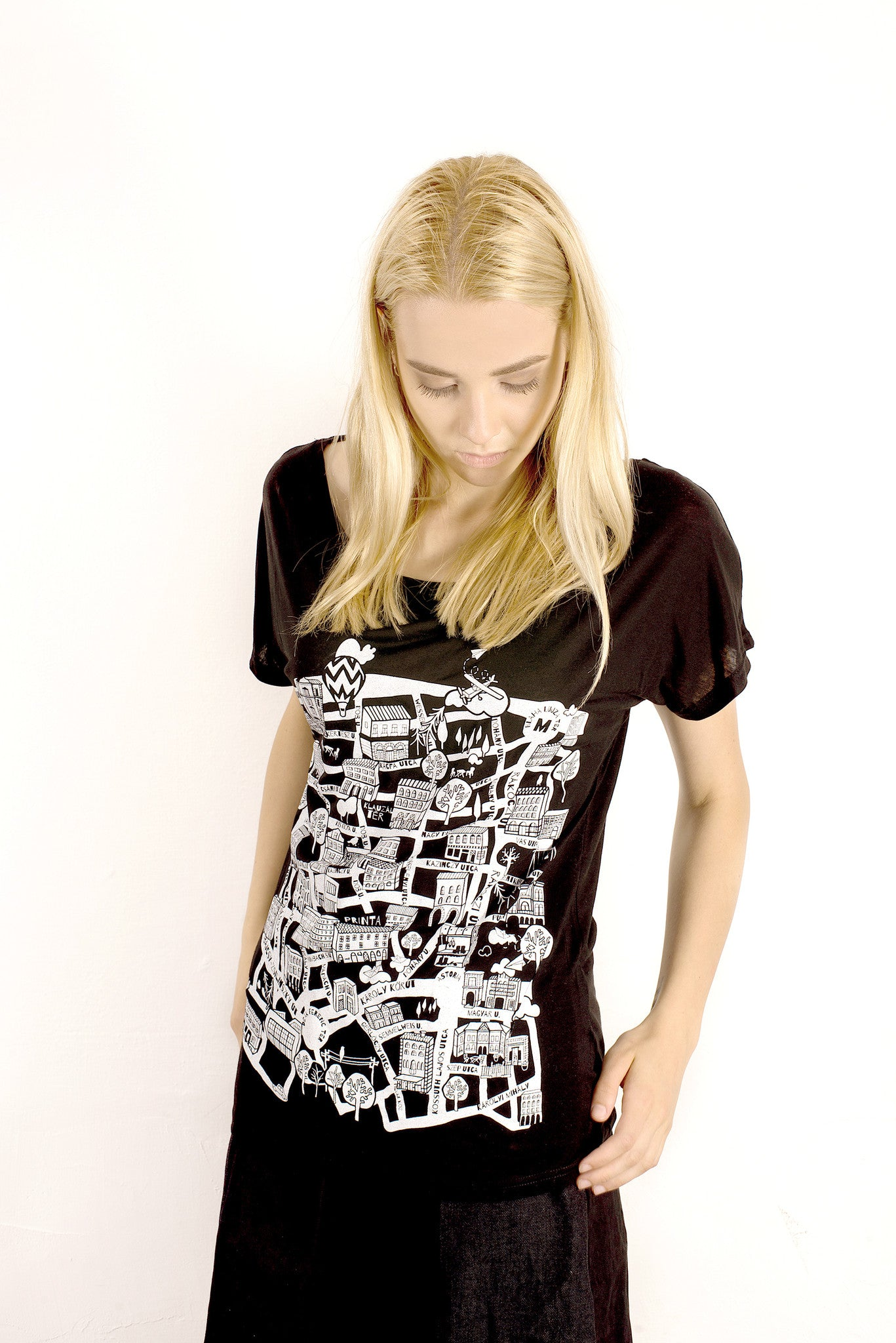 WOMEN'S PRINTA'S PEST TENCEL T-SHIRT
