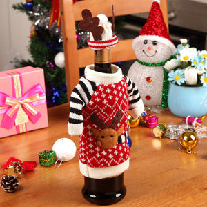 1 Set Wine Bottle Decor Santa Claus - Presents A Happy Festive Atmosphere!