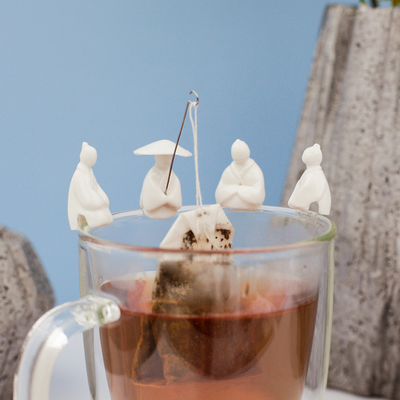 Fishermen tea bag holder