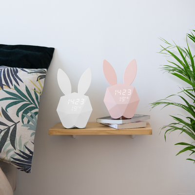 réveil lapin blanc cutty clock