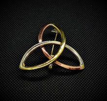 Load image into Gallery viewer, Celtic Triquetra Knot Brooch
