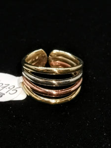 Simple Celtic Ring in Gold, Copper and Silver size Small