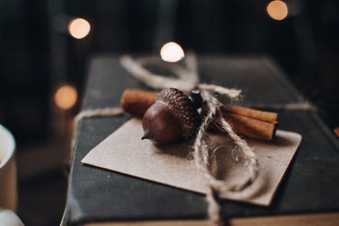 acorns as wrapping decorations