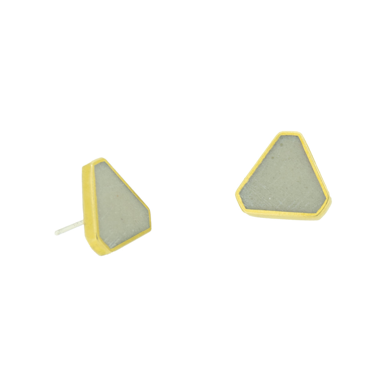 CLUSTER STUD EARRINGS BRASS + CONCRETE White