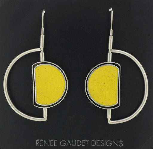 Moonwalk Oyster Earrings SILVER + CONCRETE yellow