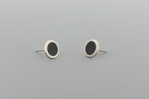 Small Stud Earrings SILVER + CONCRETE Black