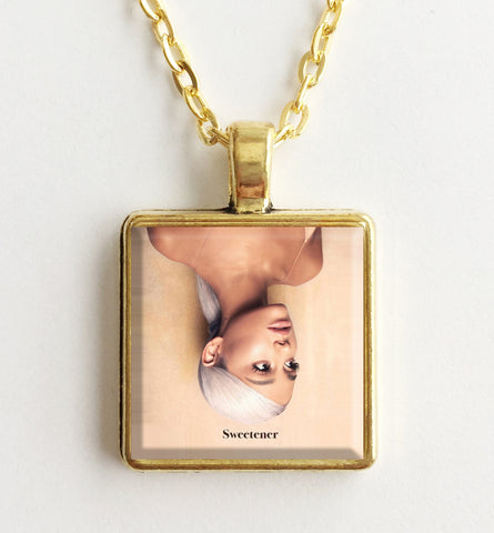 Ariana Grande - Sweetener - Album Cover Art Pendant Necklace (Gold)