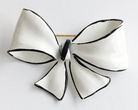 Vintage Black & White Enamel Bow Pin - Hollee