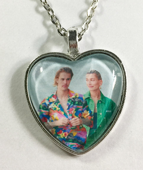Justin Bieber & Hailey Baldwin  - Pop Stars in Love - Heart Pendant Necklace 1 - Hollee