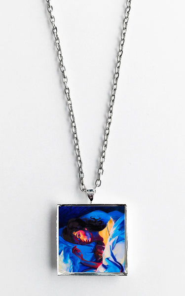 Lorde - Melodrama - Album Cover Art Pendant Necklace - Hollee