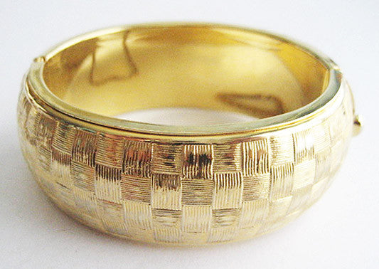 Wide & Chunky Vintage Basket Weave Textured Hinged Bangle Bracelet - Hollee