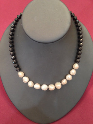 Freshwater Pearls and Onyx Spinel Necklace