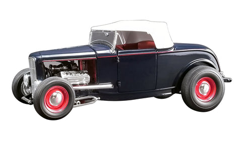 1/18 1932 Ford Roadster Washington Blue with White Top Limited Edition