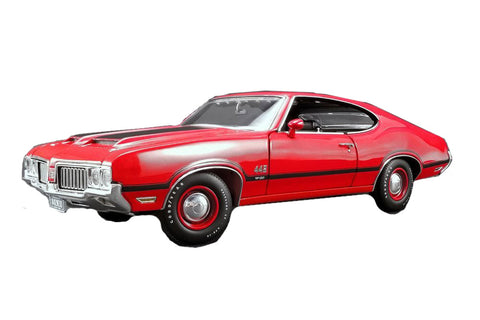 1/18 1970 Oldsmobile 442 W-30 Matador Red with Black Stripes Limited Edition