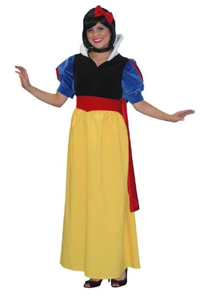 Snow White in Theatrical Costumes from BuffaloBreath at Buffalo Breath Costumes