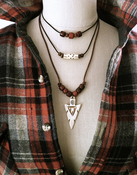 Mens Arrowhead Necklace, Leather Tribal Necklace, Unisex Necklace, Carved Bone Arrowhead, Southwestern Boho Jewelry - GracieWieber - 3