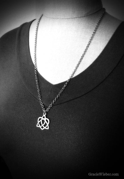 Celtic Heart Love Knot Necklace Sassenach Outlander Jewelry Silver Irish Love Knot Pendant Celtic Jewelry Jamie Claire Fraser Je Suis Prest - GracieWieber - 4