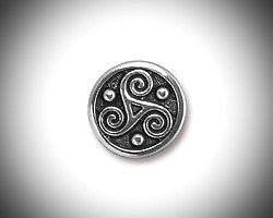 Triskelion Lapel Pin Celtic Boutonniere Silver Triskele Tie Tack, Irish Jewelry Brooch Groomsmen Gift Celtic Jewelry Outlander Lapel Pin - GracieWieber - 1
